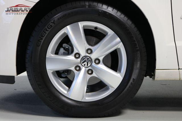 2011 Volkswagen Routan SE Merrillville, Indiana 45
