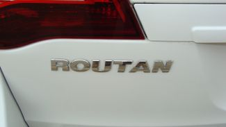 2011 Volkswagen Routan SEL w/Navigation Richardson, Texas 26