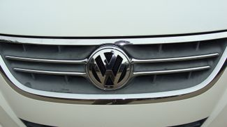 2011 Volkswagen Routan SEL w/Navigation Richardson, Texas 29