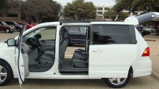 2011 Volkswagen Routan SEL w/Navigation Richardson, Texas 6