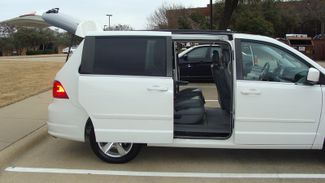2011 Volkswagen Routan SEL w/Navigation Richardson, Texas 42