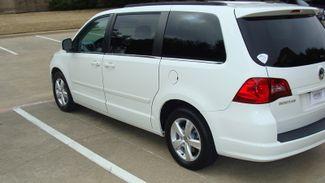 2011 Volkswagen Routan SEL w/Navigation Richardson, Texas 40