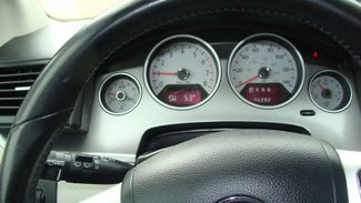 2011 Volkswagen Routan SEL w/Navigation Richardson, Texas 38