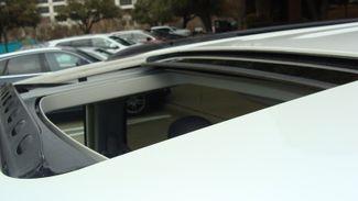 2011 Volkswagen Routan SEL w/Navigation Richardson, Texas 44