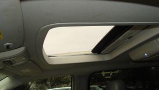 2011 Volkswagen Routan SEL w/Navigation Richardson, Texas 18