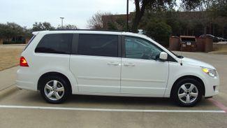 2011 Volkswagen Routan SEL w/Navigation Richardson, Texas 4