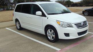 2011 Volkswagen Routan SEL w/Navigation Richardson, Texas 1