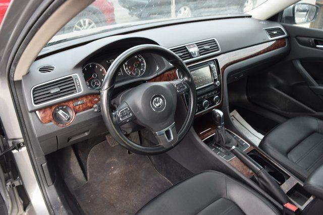 2011 Volkswagen Routan SEL Richmond Hill, New York 20