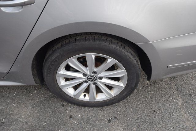 2011 Volkswagen Routan SEL Richmond Hill, New York 7