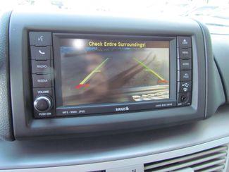 2011 Volkswagen Routan SE ,Camera , Navigation Sacramento, CA 17