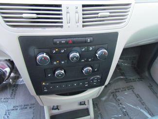 2011 Volkswagen Routan SE ,Camera , Navigation Sacramento, CA 18