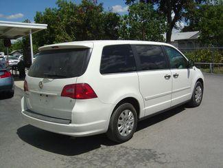 2011 Volkswagen Routan S San Antonio, Texas 5
