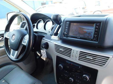2011 Volkswagen Routan SEL w/Navigation | Santa Ana, California | Santa Ana Auto Center in Santa Ana, California