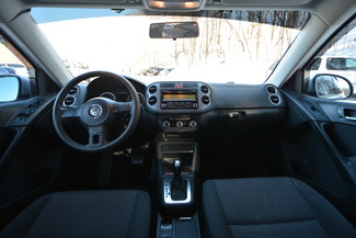 2011 Volkswagen Tiguan S 4Motion Naugatuck, Connecticut 10