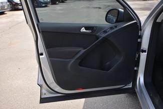 2011 Volkswagen Tiguan S 4Motion Naugatuck, Connecticut 19