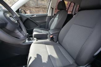 2011 Volkswagen Tiguan S 4Motion Naugatuck, Connecticut 20