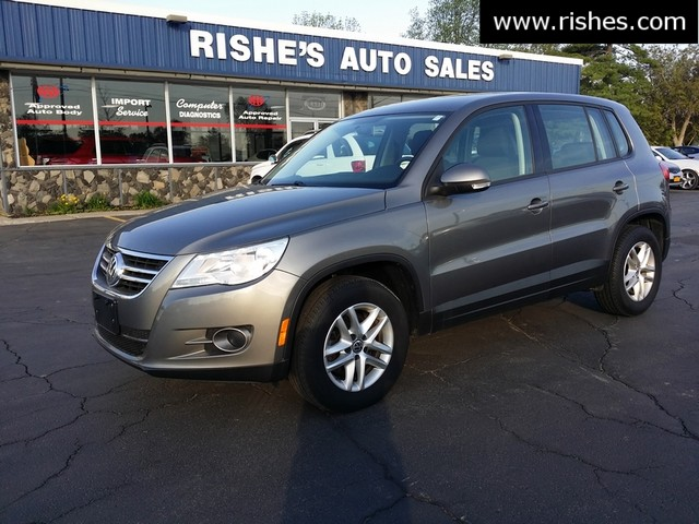 2011 Volkswagen Tiguan S 4Motion | Ogdensburg, New York | Rishe's Auto Sales in Ogdensburg New York