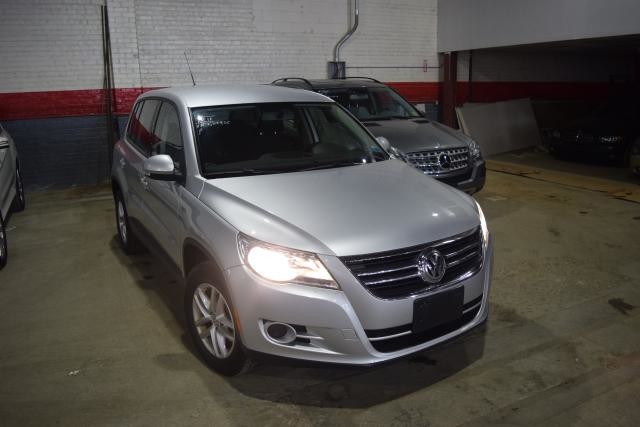 2011 Volkswagen Tiguan S 4Motion Richmond Hill, New York 1
