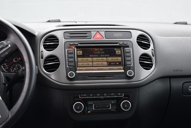 2011 Volkswagen Tiguan SEL 4Motion w/Premium Navi & Dynaudio Richmond Hill, New York 12