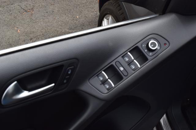 2011 Volkswagen Tiguan SEL 4Motion w/Premium Navi & Dynaudio Richmond Hill, New York 14