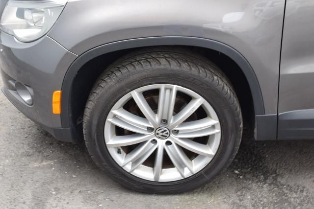 2011 Volkswagen Tiguan SEL 4Motion w/Premium Navi & Dynaudio Richmond Hill, New York 7