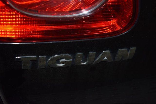 2011 Volkswagen Tiguan S 4Motion Richmond Hill, New York 8