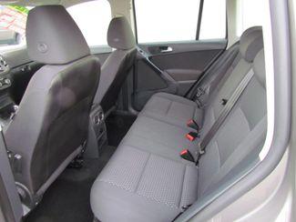 2011 Volkswagen Tiguan S Super Low Miles 56K Sacramento, CA 15