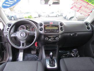 2011 Volkswagen Tiguan S Super Low Miles 56K Sacramento, CA 16