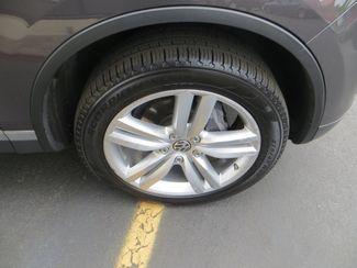 2011 Volkswagen Touareg Exec Watertown, Massachusetts 21