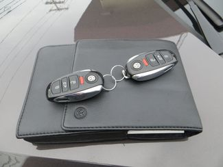 2011 Volkswagen Touareg Exec Watertown, Massachusetts 15