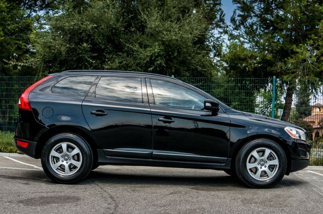 2011 Volvo XC60 3.2L - AUTO - 103K MILES - NEW TIRES Reseda, CA 10
