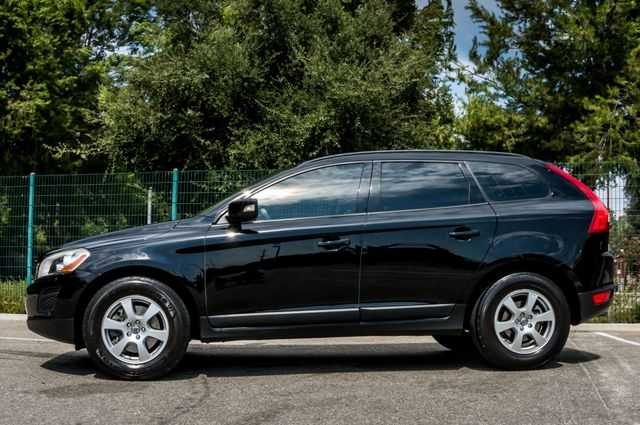 2011 Volvo XC60 3.2L - AUTO - 103K MILES - NEW TIRES Reseda, CA 9