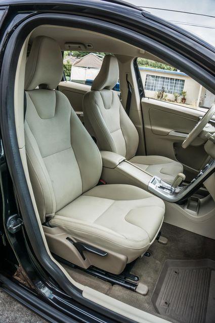 2011 Volvo XC60 3.2L - AUTO - 103K MILES - NEW TIRES Reseda, CA 27