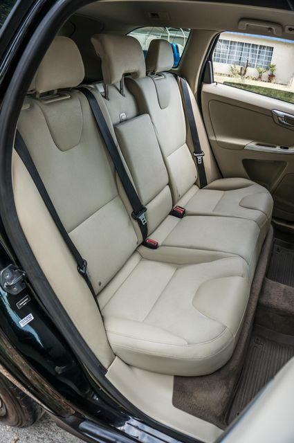 2011 Volvo XC60 3.2L - AUTO - 103K MILES - NEW TIRES Reseda, CA 28