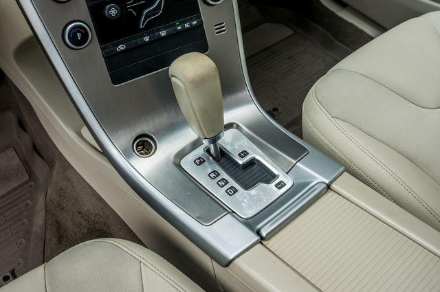 2011 Volvo XC60 3.2L - AUTO - 103K MILES - NEW TIRES Reseda, CA 24