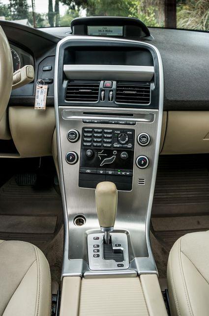 2011 Volvo XC60 3.2L - AUTO - 103K MILES - NEW TIRES Reseda, CA 20