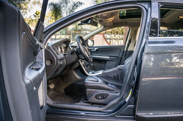 2011 Volvo XC60 3.2L - PREMIUM - NAVI - 83K MILES Reseda, CA 35