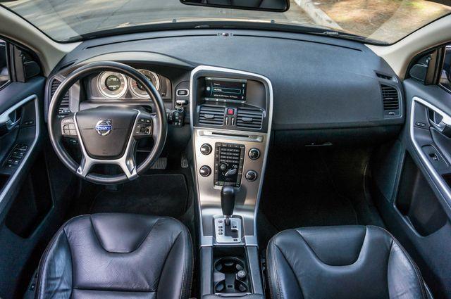 2011 Volvo XC60 3.2L - PREMIUM - NAVI - 83K MILES Reseda, CA 17