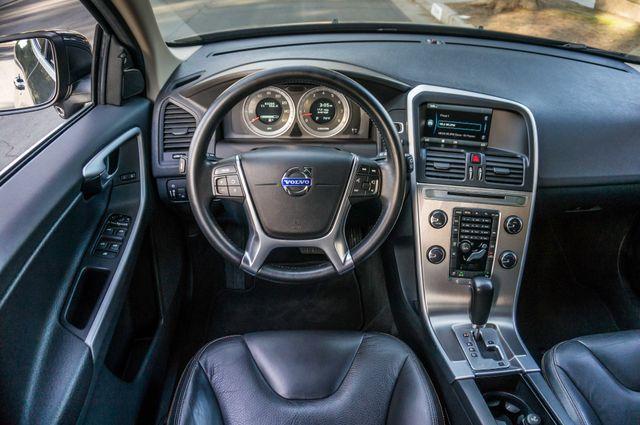 2011 Volvo XC60 3.2L - PREMIUM - NAVI - 83K MILES Reseda, CA 18