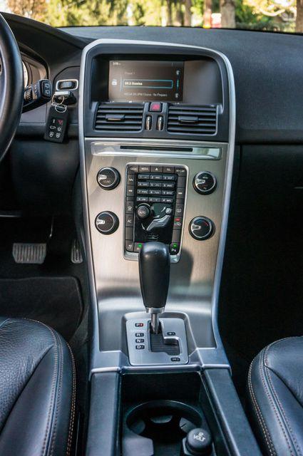 2011 Volvo XC60 3.2L - PREMIUM - NAVI - 83K MILES Reseda, CA 22