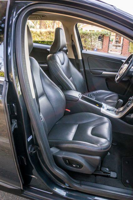 2011 Volvo XC60 3.2L - PREMIUM - NAVI - 83K MILES Reseda, CA 31