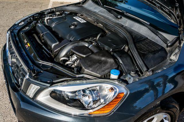 2011 Volvo XC60 3.2L - PREMIUM - NAVI - 83K MILES Reseda, CA 38