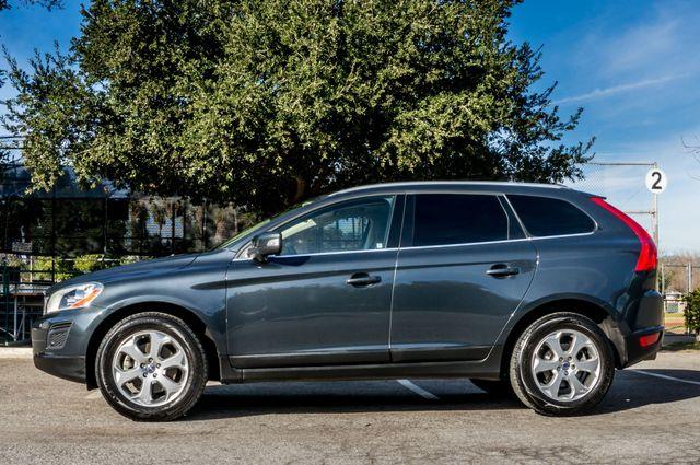 2011 Volvo XC60 3.2L - PREMIUM - NAVI - 83K MILES Reseda, CA 4