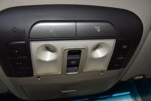 2012 Acura TL Tech Auto Richmond Hill, New York 32