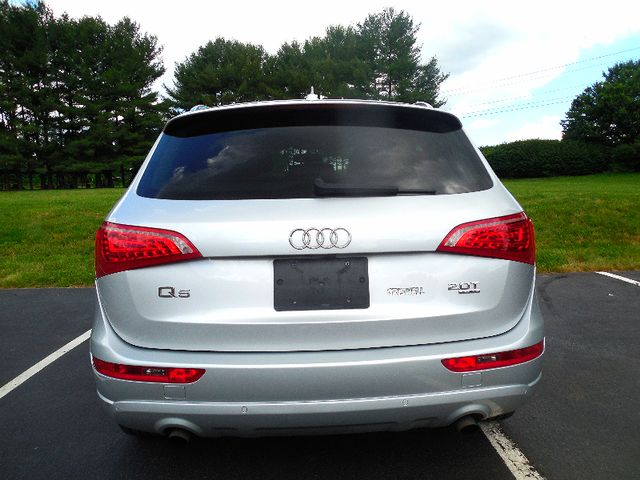2012 Audi Q5 2.0T Premium Plus Leesburg, Virginia 7