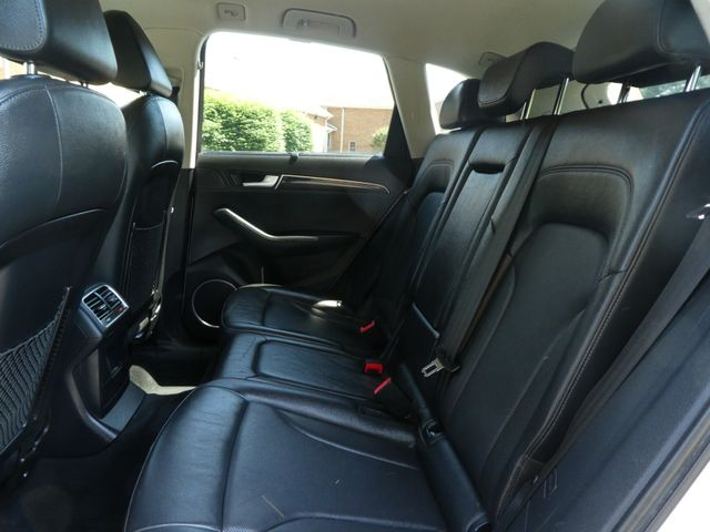 2012 Audi Q5 3.2L Prestige Leesburg, Virginia 12
