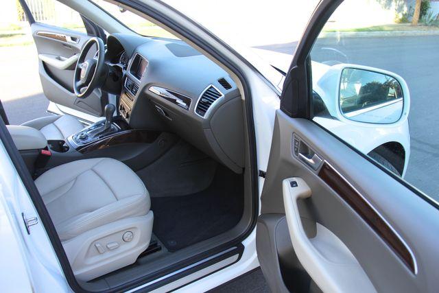 2012 Audi Q5 2.0T Premium Plus Reseda, CA 9