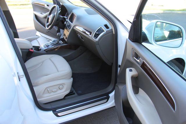 2012 Audi Q5 2.0T Premium Plus Reseda, CA 16