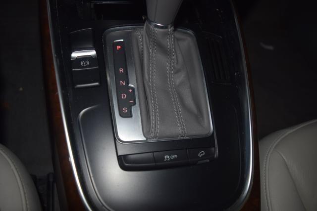 2012 Audi Q5 2.0T Premium Richmond Hill, New York 17