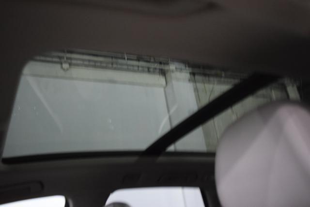 2012 Audi Q5 2.0T Premium Richmond Hill, New York 7
